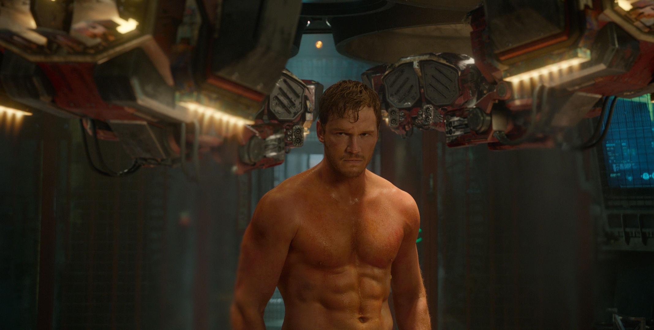 Guardians-of-the-Galaxy-Official-Photo-Chris-Pratt-Workout