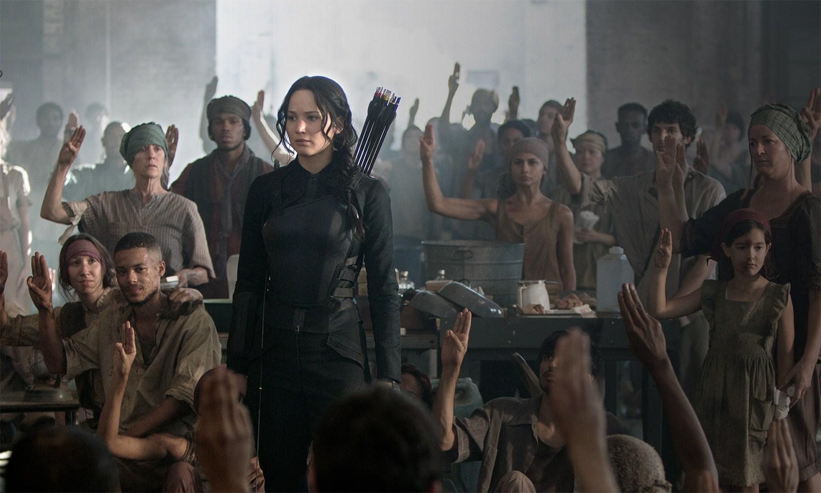 Jennifer-Lawrence-In-The-Hunger-Games-Mockingjay-Part-1-Images