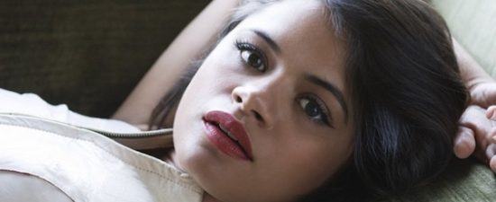 Melonie Diaz cast as lesbian sister in 'Charmed' reboot