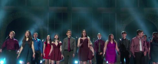 Tony Awards: De Niro slams Trump, Parkland students perform