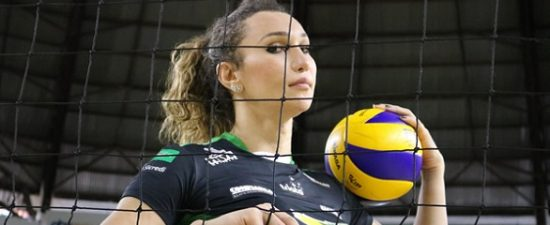 Meet Brazil's first trans pro volleyball player