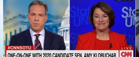 Klobuchar: Woman with Buttigieg's record would miss debate